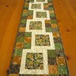 Quilted Table Runner Steppi..