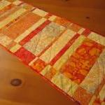 Quilted Table Runner Sunshi..