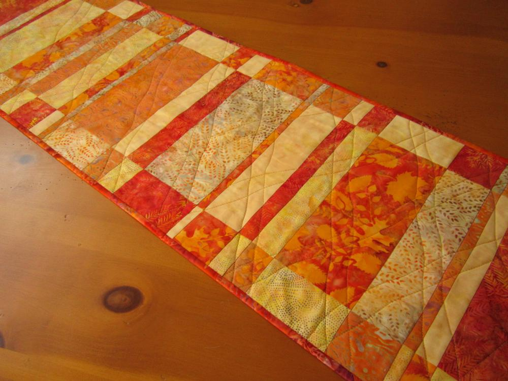 Quilted Table Runner Sunshine